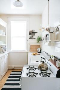gezellige witte keuken