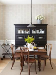 Klassieke houten eettafel