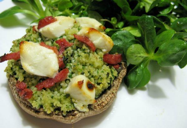 Gevulde portobello met couscous