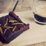 koffie brownie met avocado en sinaasappel
