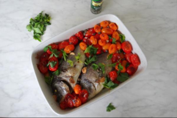 Dorade met tomaatjes uit de oven Culinea