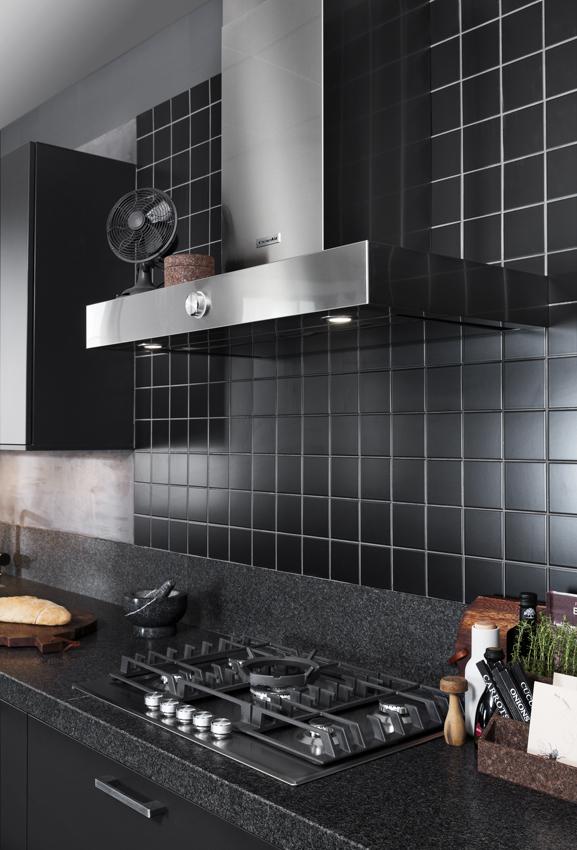 zwarte keuken luxe uitstraling
