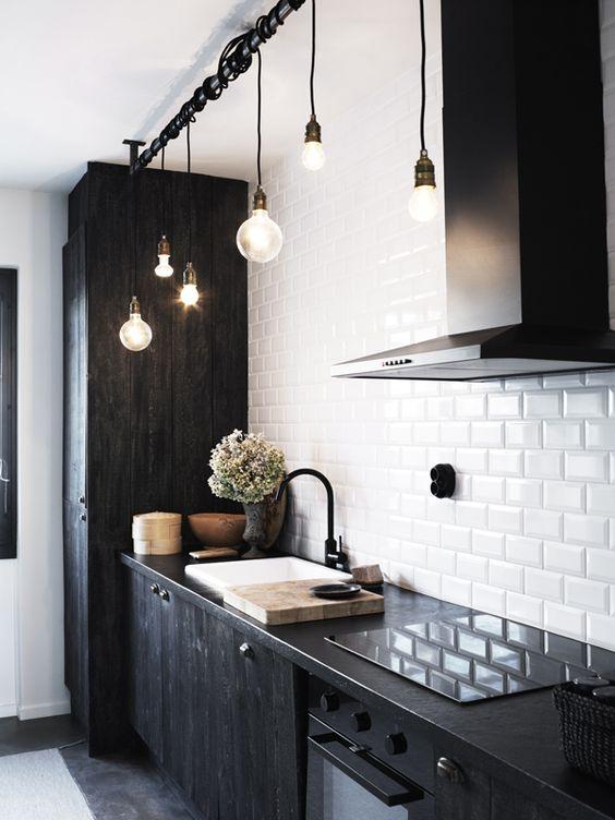 zwart-wit combinatie in de keuken