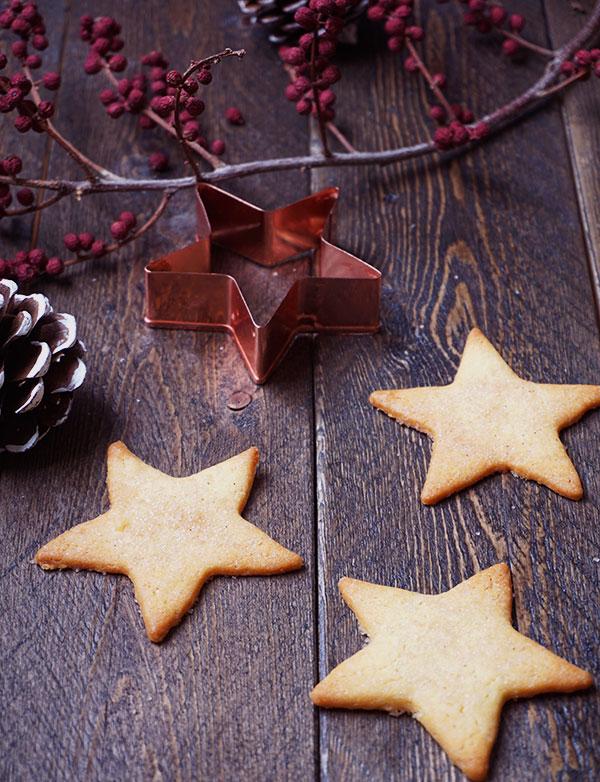 Kerstkoekjes met kaneelsuiker